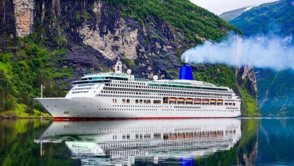 Cruise travel advisor